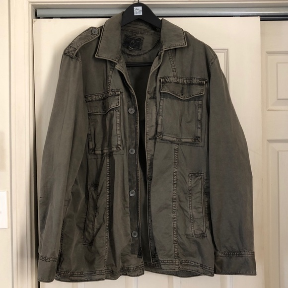 6f26e6d582327f Converse Other - Converse All Star Men s Army Green Jacket